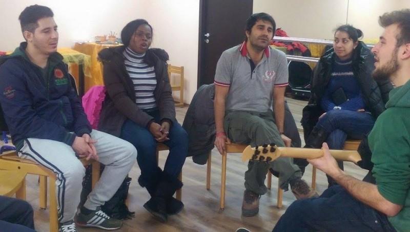 китара-хор-бежанци